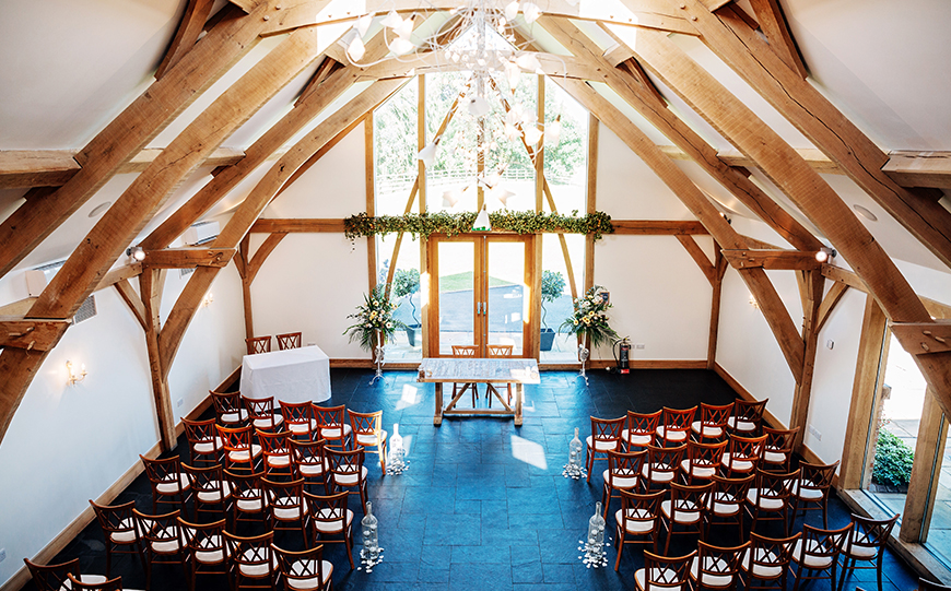 9 Contemporary Wedding Venues For An Unforgettable Day - Mythe Barn | CHWV