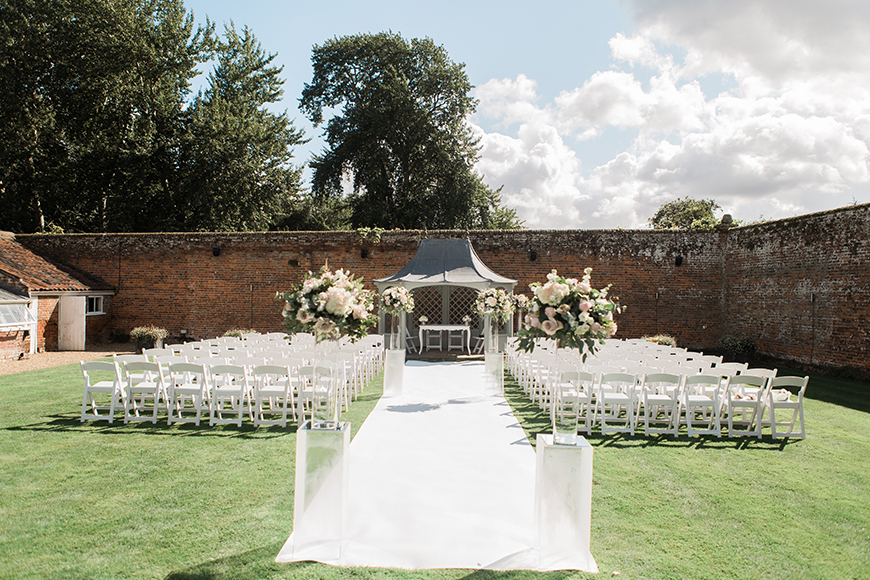 7 Country House Wedding Venues For A Summer Wedding - Braxted Park | CHWV