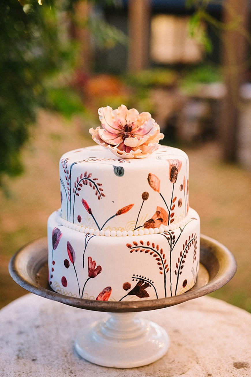 Wedding Ideas By Colour: Autumnal Wedding Cakes - Contemporary treats | CHWV