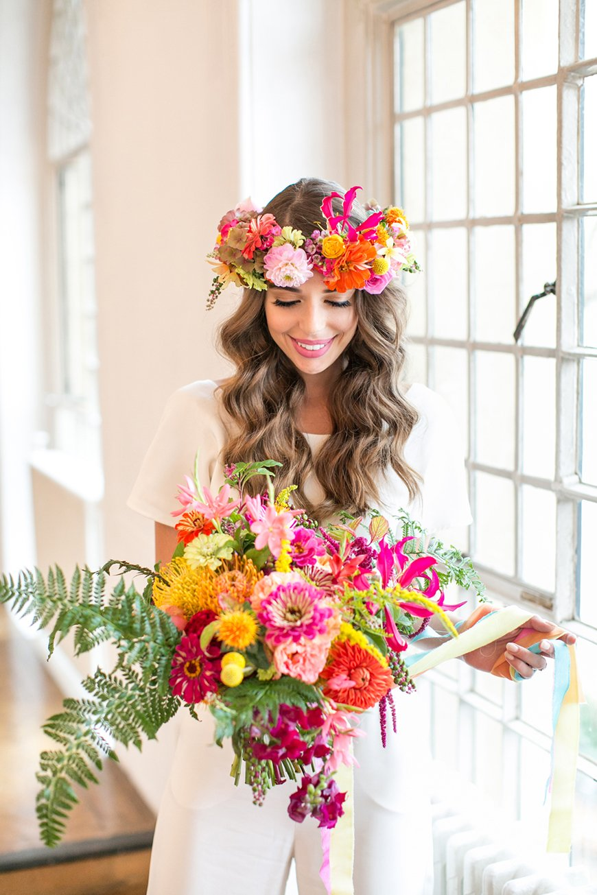 Wedding Ideas By Colour: Bright Wedding Flowers - All about accessories | CHWV