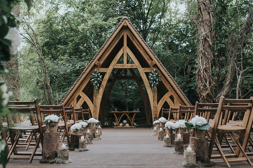 16 Unmissable Wedding Venue Offers - Rivervale Barn | CHWV