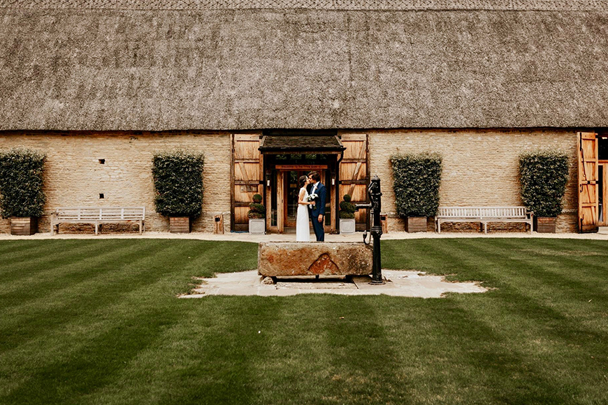 9 Unmissable Cotswolds Wedding Venues - The Tythe Barn | CHWV