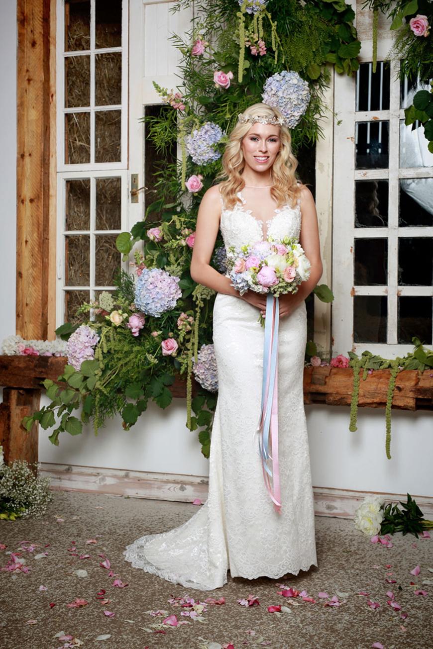 A Closer Look At Amanda Wyatt Wedding Dresses - Shiloh | CHWV