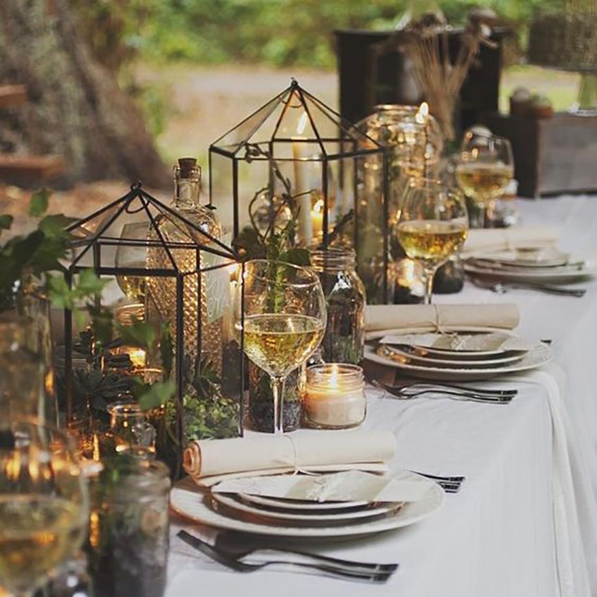 18 Amazing Lantern Centrepiece Ideas - Woodland wonderland | CHWV