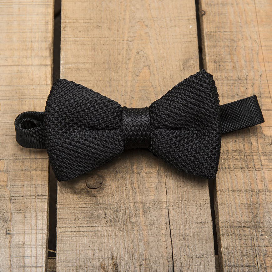 Groomed to perfection: Autumn Fashion for the Groom - Something quirky | CHWV