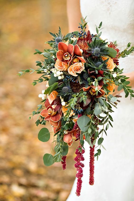 Picking the Perfect Autumn Wedding Bouquet - Greenery | CHWV