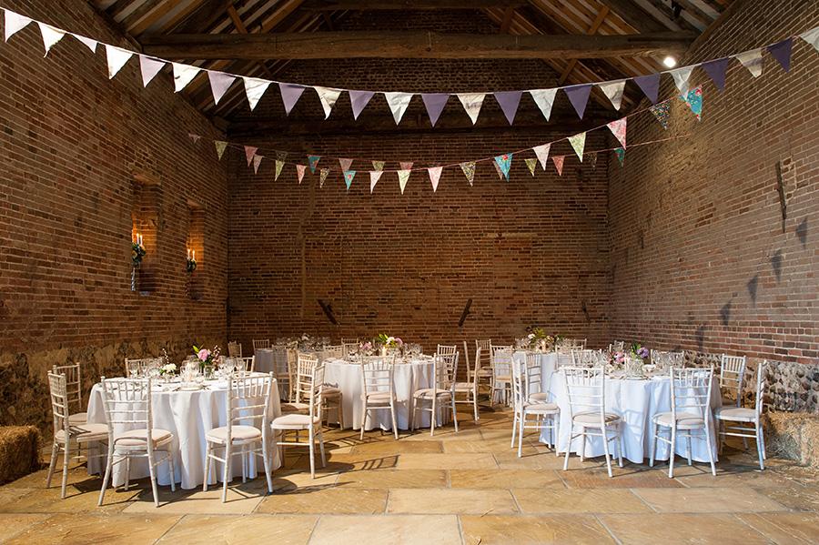Autumn Wedding Barns - Manor Mews | CHWV