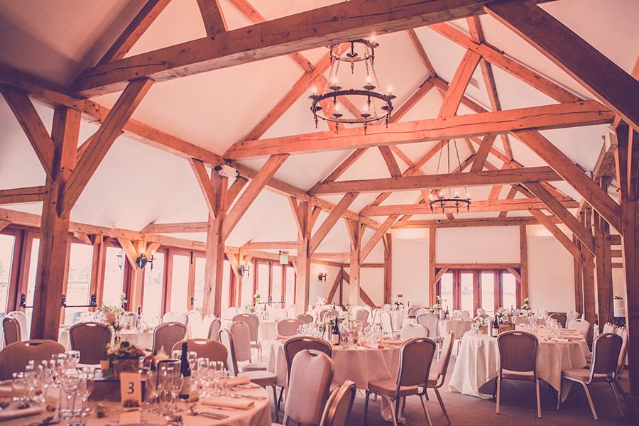 Autumn Wedding Barns - Sandhole Oak Barn | CHWV