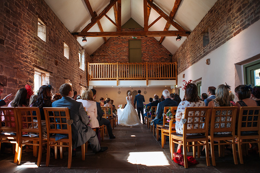 Autumn Wedding Barns - The Ashes | CHWV