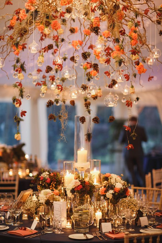 Autumn wedding flowers ask the experts chwv for Decoration d automne