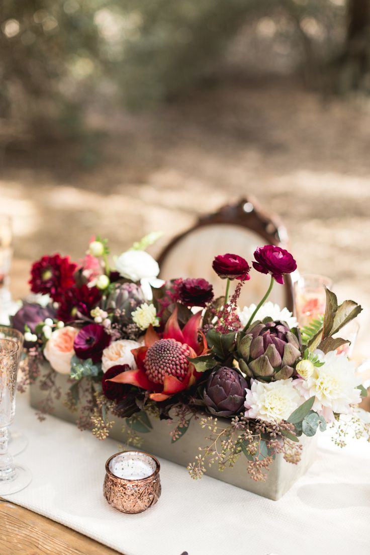 autumn wedding flowers ask the experts chwv. Black Bedroom Furniture Sets. Home Design Ideas