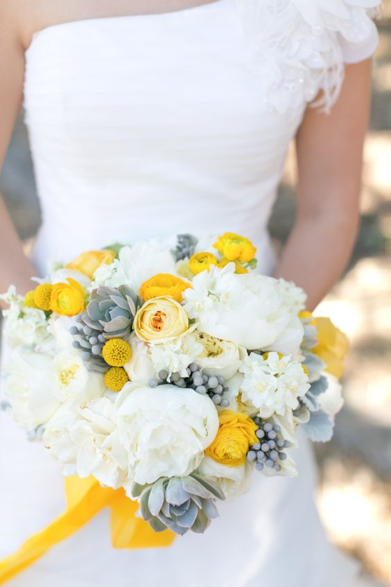Autumnal Colour Schemes - Yellow: The Bouquet | CHWV