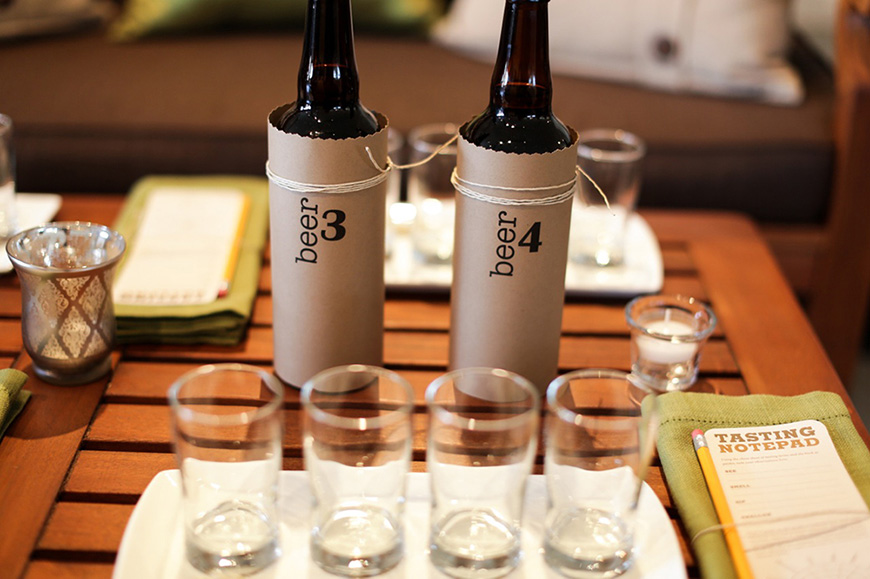12 Awesome Gifts for the Groomsmen - Beer tasting kit | CHWV