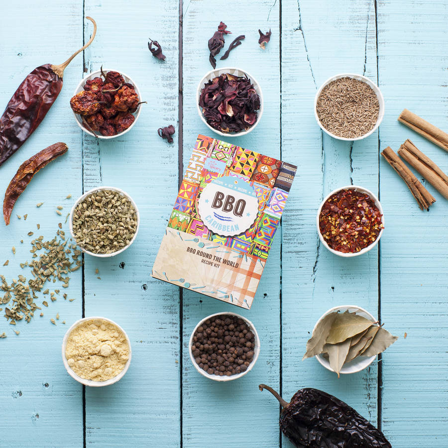12 Awesome Gifts for the Groomsmen - Bbq spice kit | CHWV