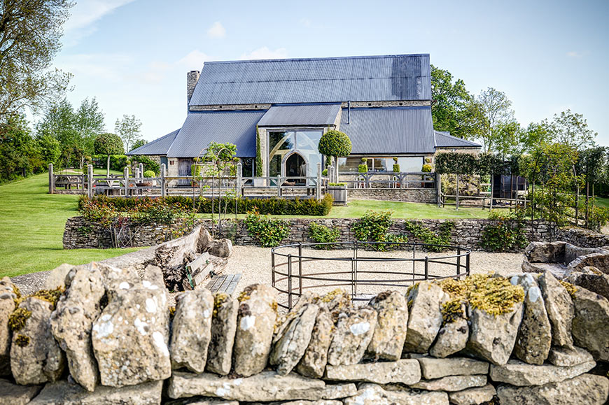 7 Barn Wedding Venues In The Cotswolds That You're Bound To Fall In Love With - Cripps Barn   CHWV