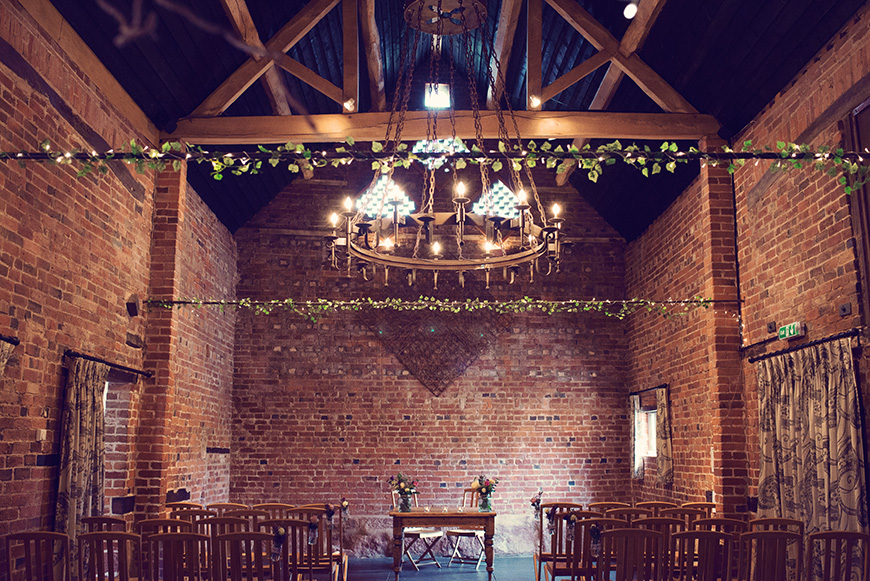 7 Barn Wedding Venues that are Perfect for an Autumn Wedding - Curradine Barns | CHWV