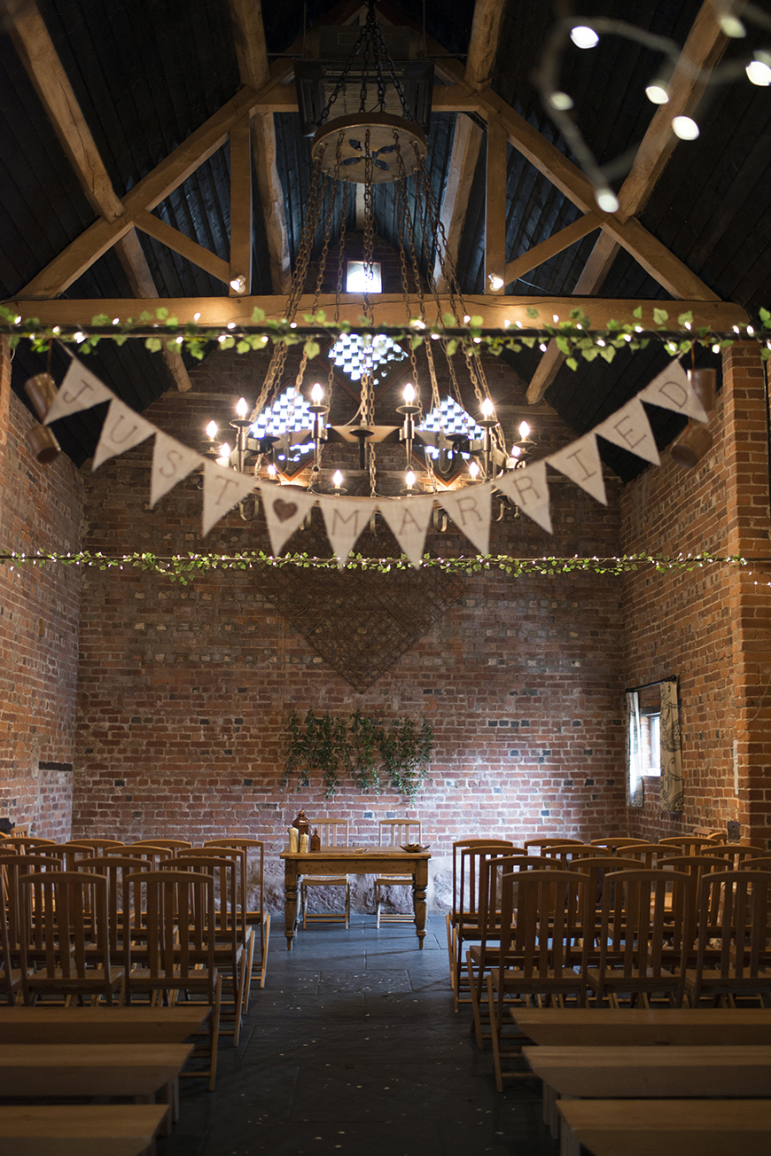 11 Beautiful Barn Wedding Venues - Curradine Barns | CHWV
