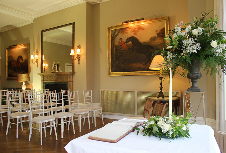 11 Beautiful Country House Venues For Summer Weddings - Chippenham Park | CHWV