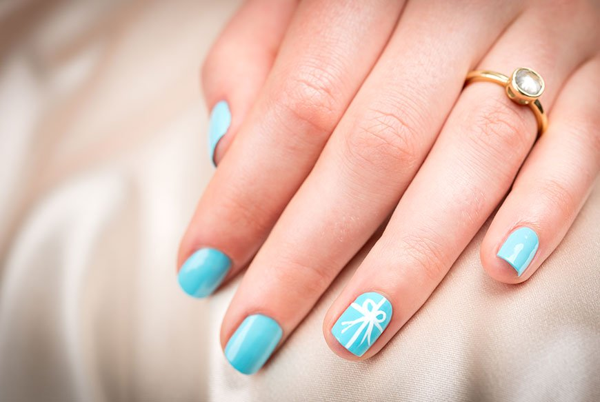 11 Beautiful Ideas for Something Blue - Nails | CHWV