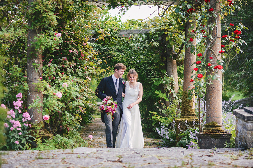 8 Beautiful Outdoor Wedding Venues In The South West - Mapperton | CHWV