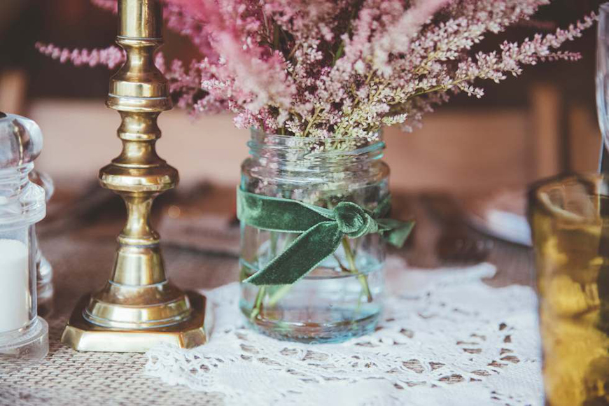 The Best Vintage Wedding Decorations With The Little Wedding Helper   CHWV