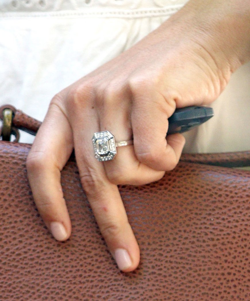 Our pick of the Best Engagement Rings - The art deco | CHWV