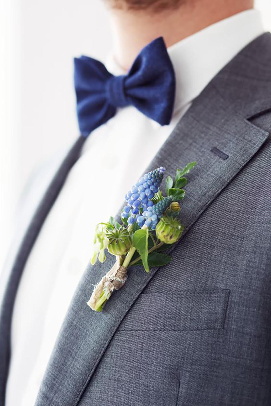 Wedding ideas by colour: blue wedding flowers