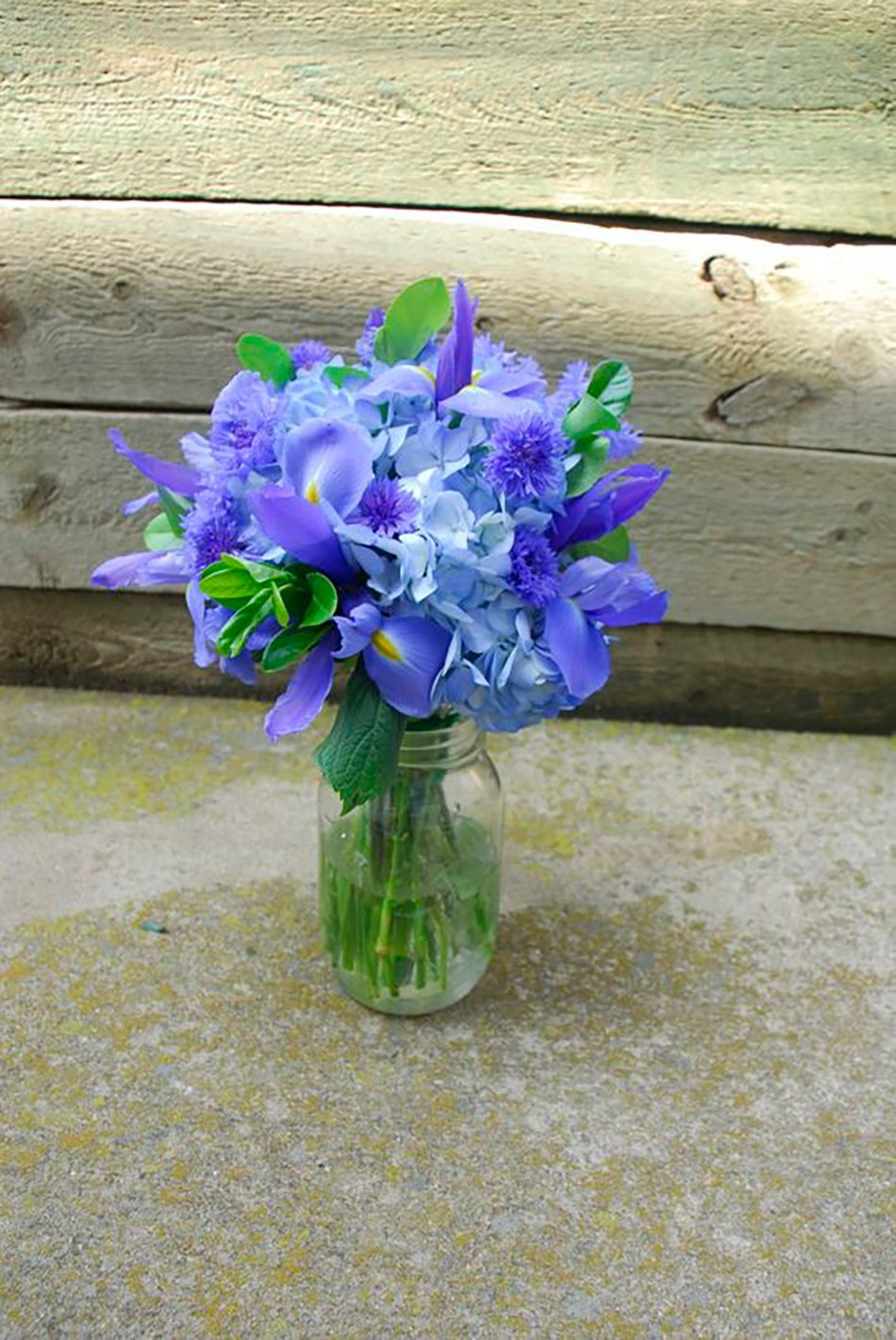 Blue wedding flowers ideas chwv