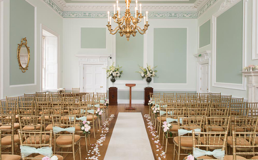 The Best Country House Wedding Venues For An Autumn Wedding - Botleys Mansion | CHWV