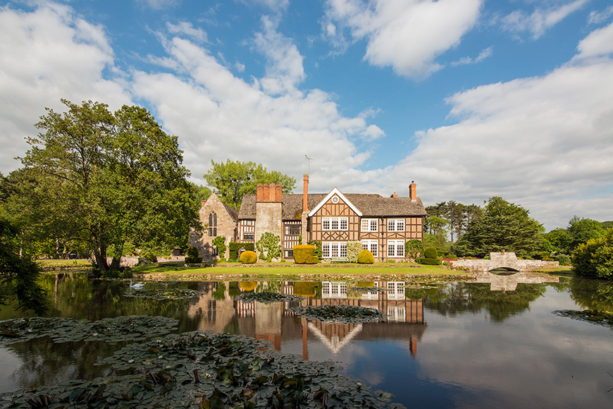 13 Breathtaking Country House Wedding Venues - Brinsop Court | CHWV