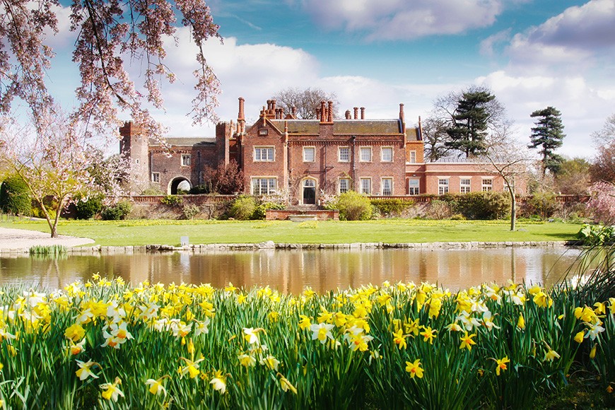13 Breathtaking Country House Wedding Venues - Hodsock Priory | CHWV