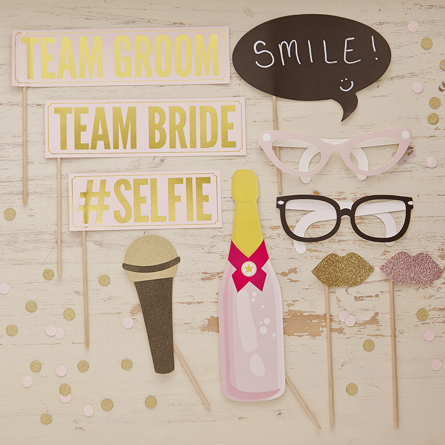 Wedding DIY: Build Your Own Photo Booth - Get your props sorted | CHWV