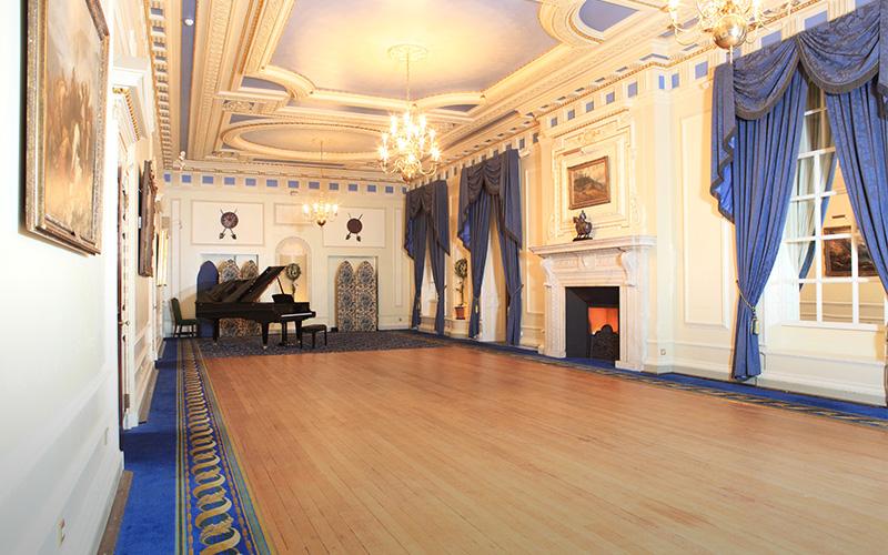 Wedding Venue In London Caledonian Club Chwv
