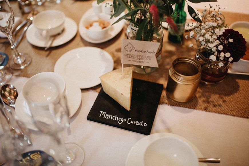30 Amazing Wedding Table Name Ideas - Say cheese! | CHWV