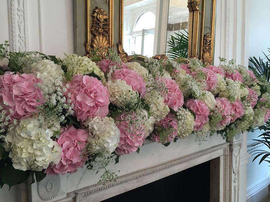 Wedding Ideas by Colour: Cream Wedding Flowers - Hydrangeas | CHWV
