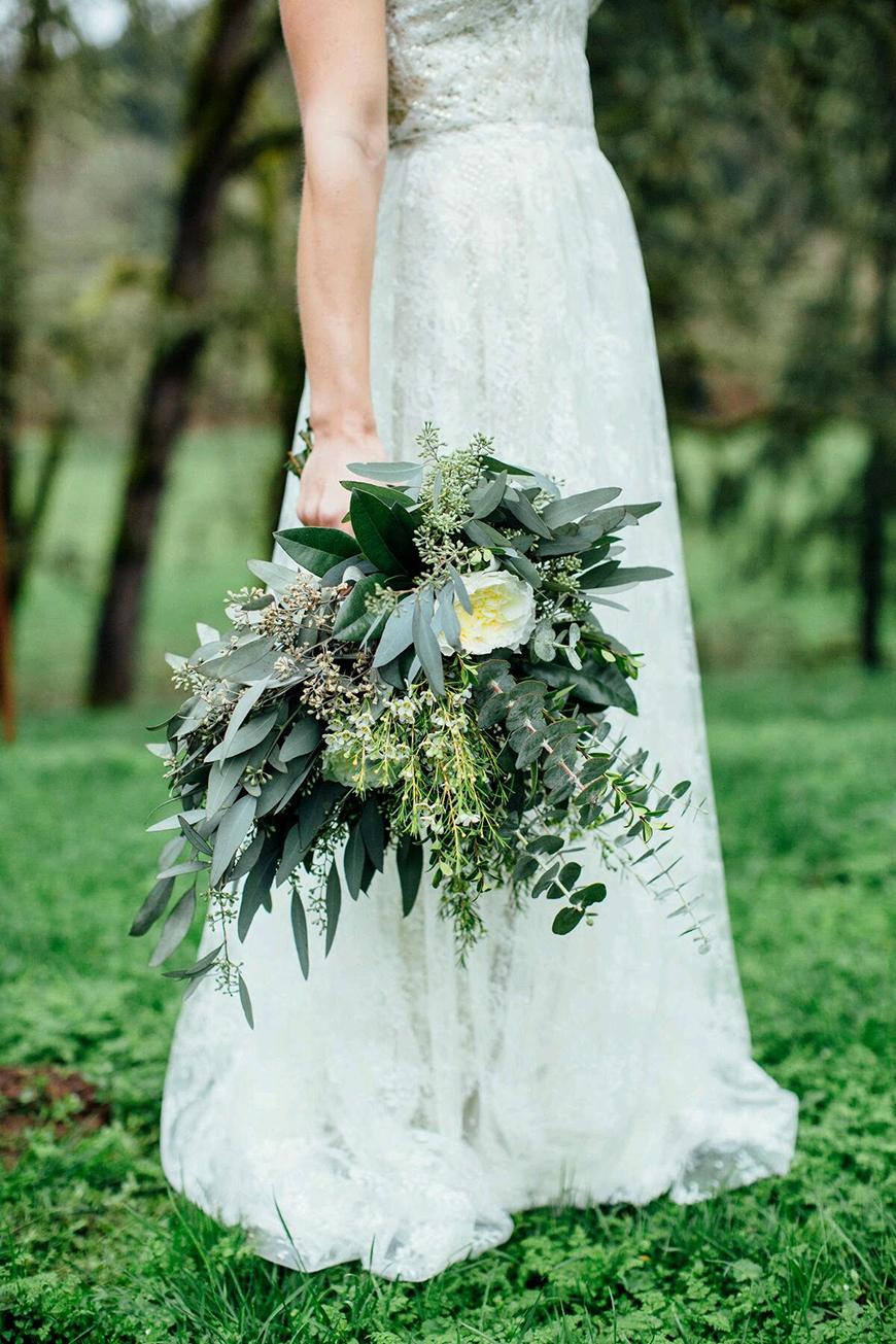 Wedding Ideas by Colour: Cream Wedding Flowers - Freesia | CHWV