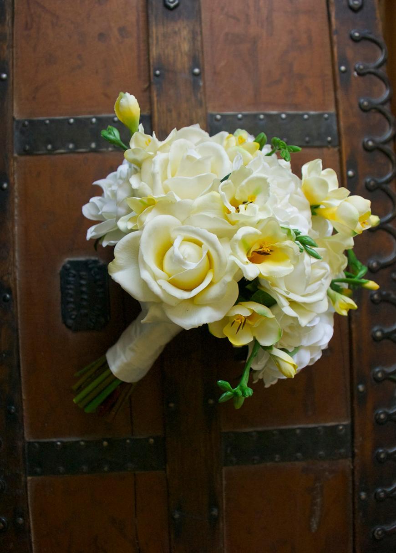 Wedding Ideas by Colour: Cream Wedding Flowers - Gerbera | CHWV