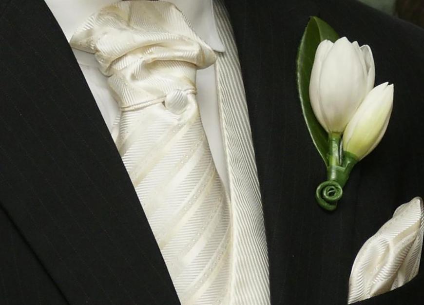 Wedding Ideas by Colour: Cream Wedding Flowers - Tulip | CHWV