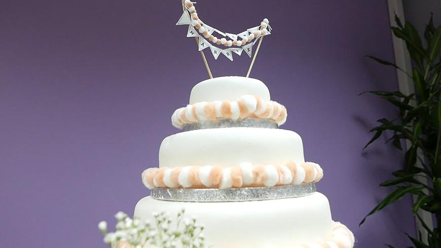 Creating A DIY Wedding Cake With A Beautiful Boho Style