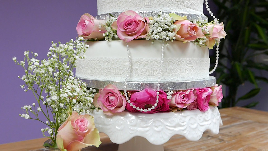 Creating A DIY Wedding Cake With A Quintessentially English Style
