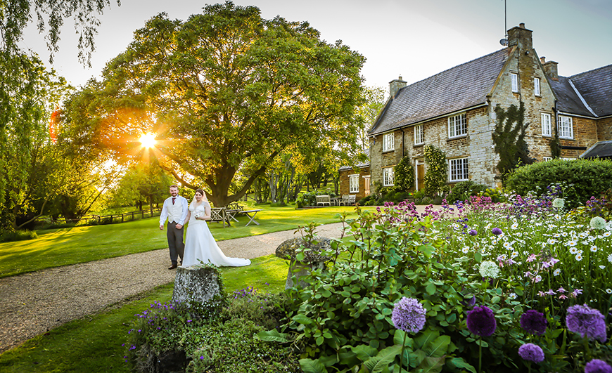 10 Unmissable Midlands Wedding Venues - Crockwell Farm | CHWV