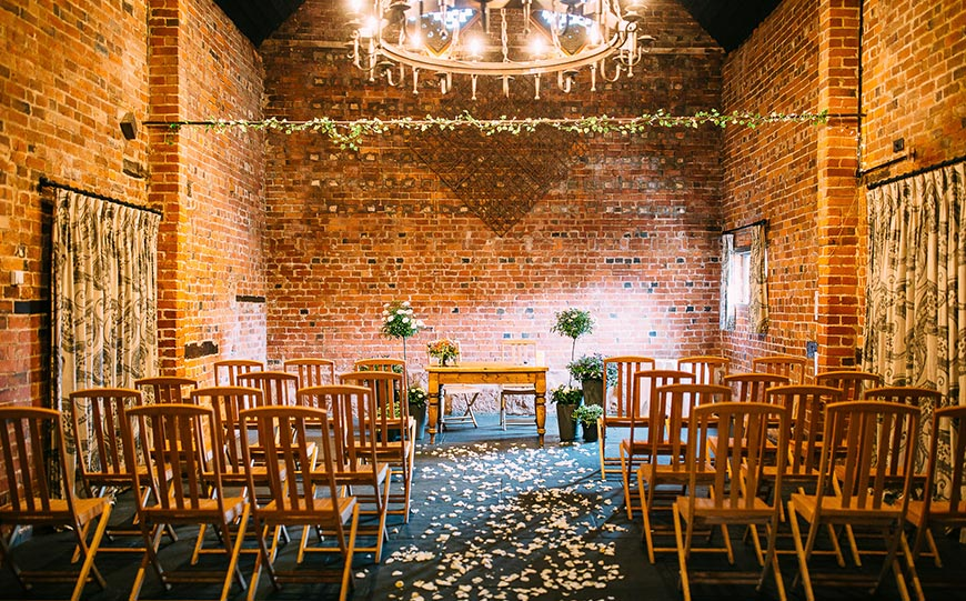 27 Intimate Wedding Venues That You Have To See - Curradine Barns | CHWV