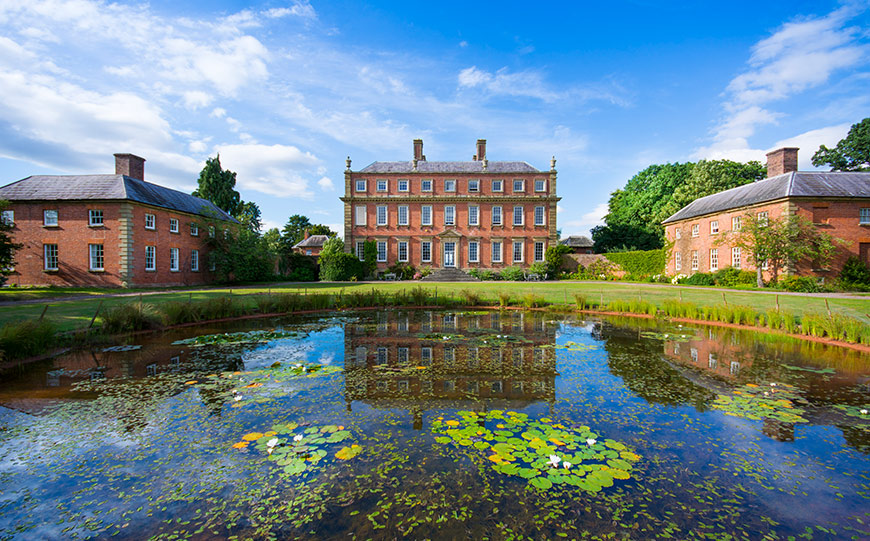 Finding The Perfect Country House Wedding Venue In Shropshire - Davenport House | CHWV