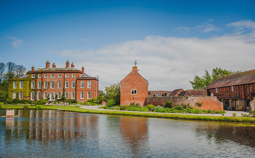 Finding The Perfect Country House Wedding Venue In Shropshire - Delbury Hall | CHWV
