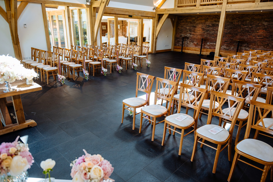 Mythe Barn - East Midlands Wedding Venue © Daffodil Waves