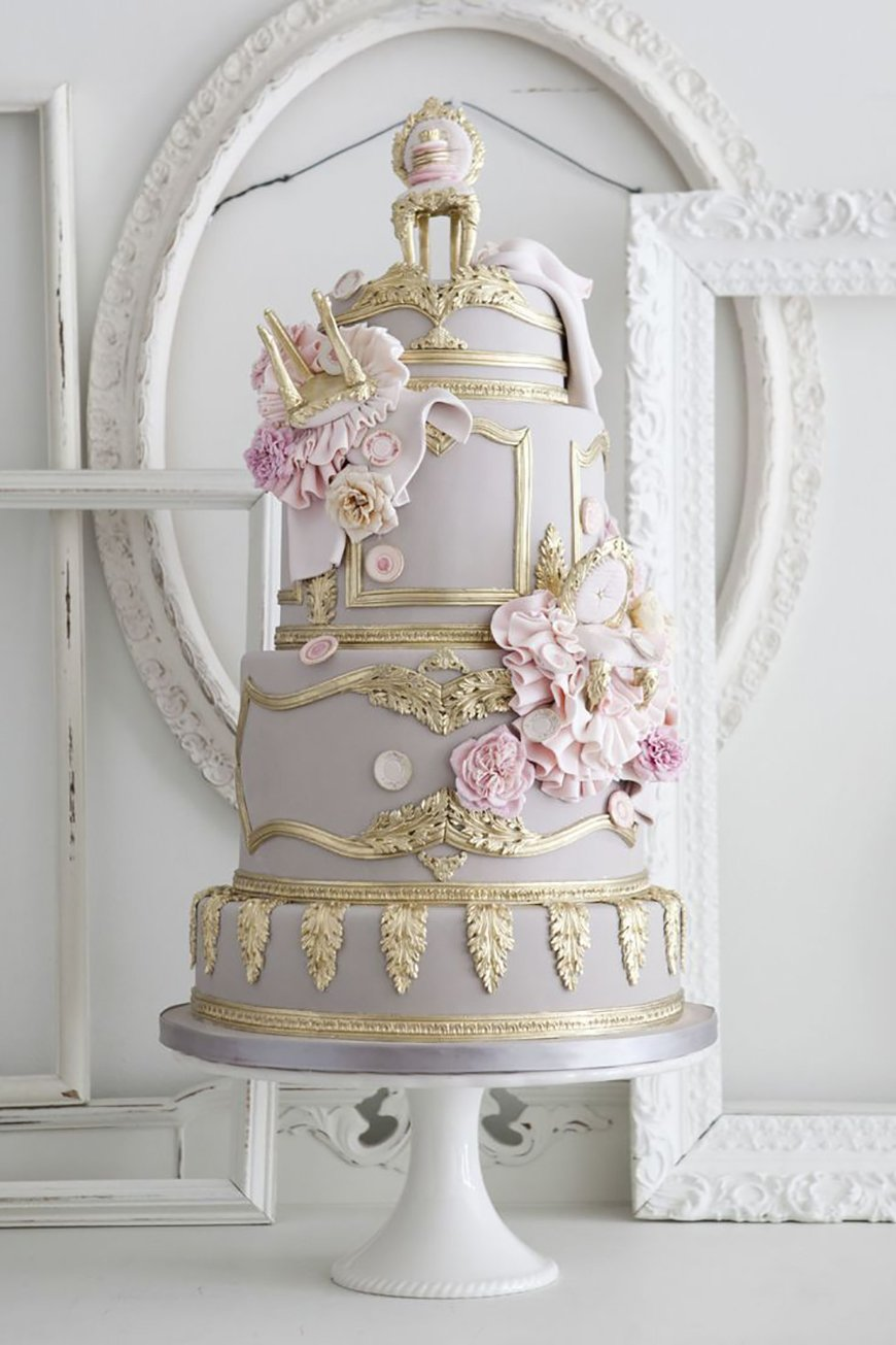 22 Wedding Cakes Fit for a Fairy Tale - French fancy | CHWV