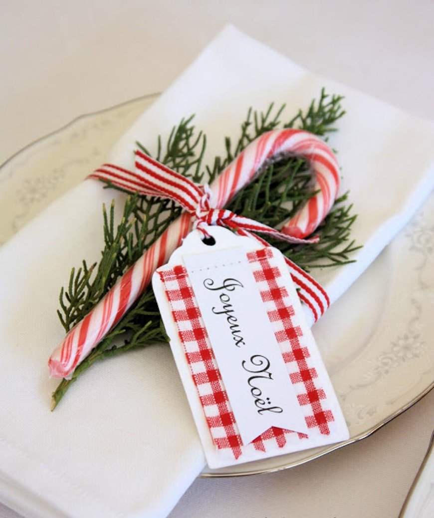 20 Festive Favours for a Winter Wedding - Candy cane | CHWV
