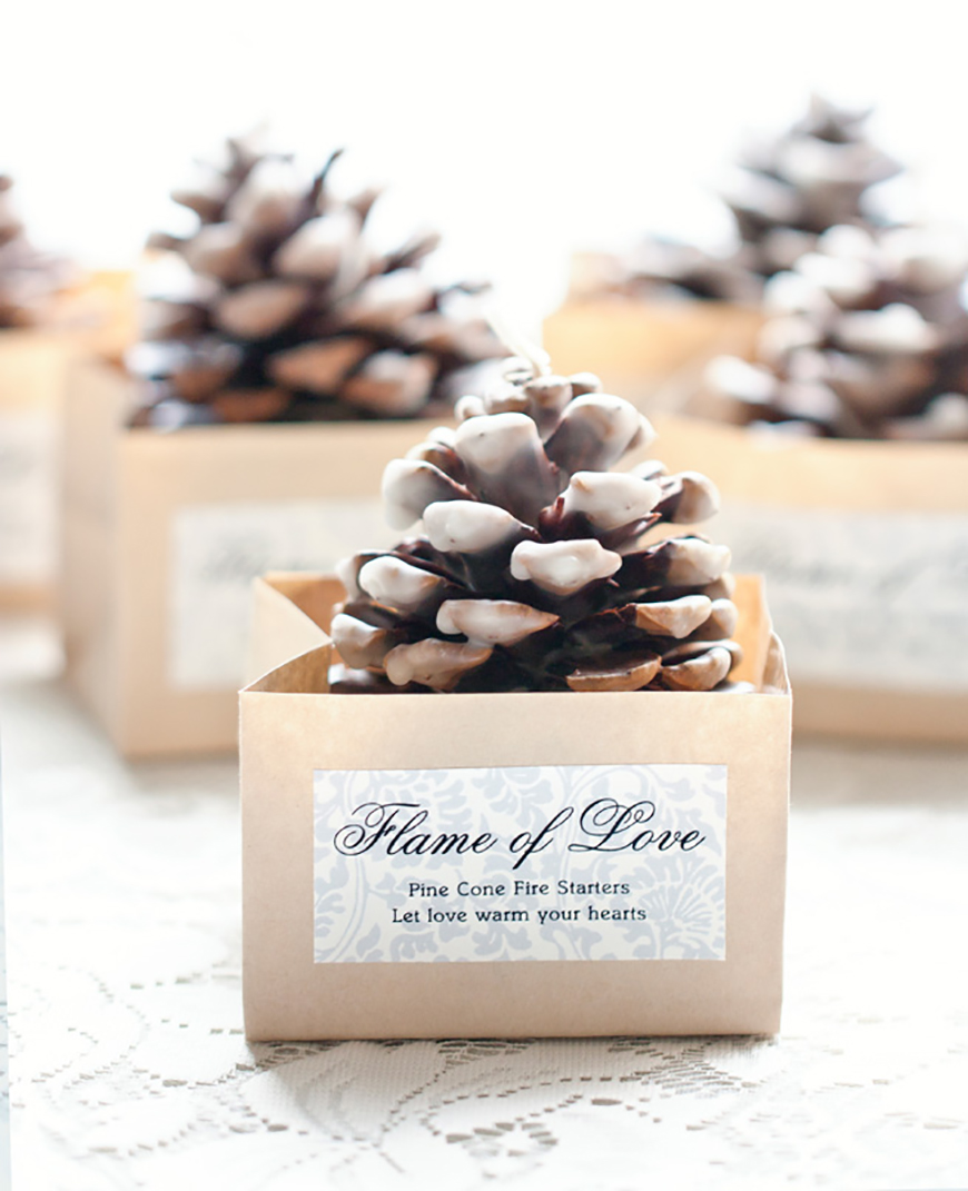 20 Festive Favours for a Winter Wedding - Pine cones | CHWV