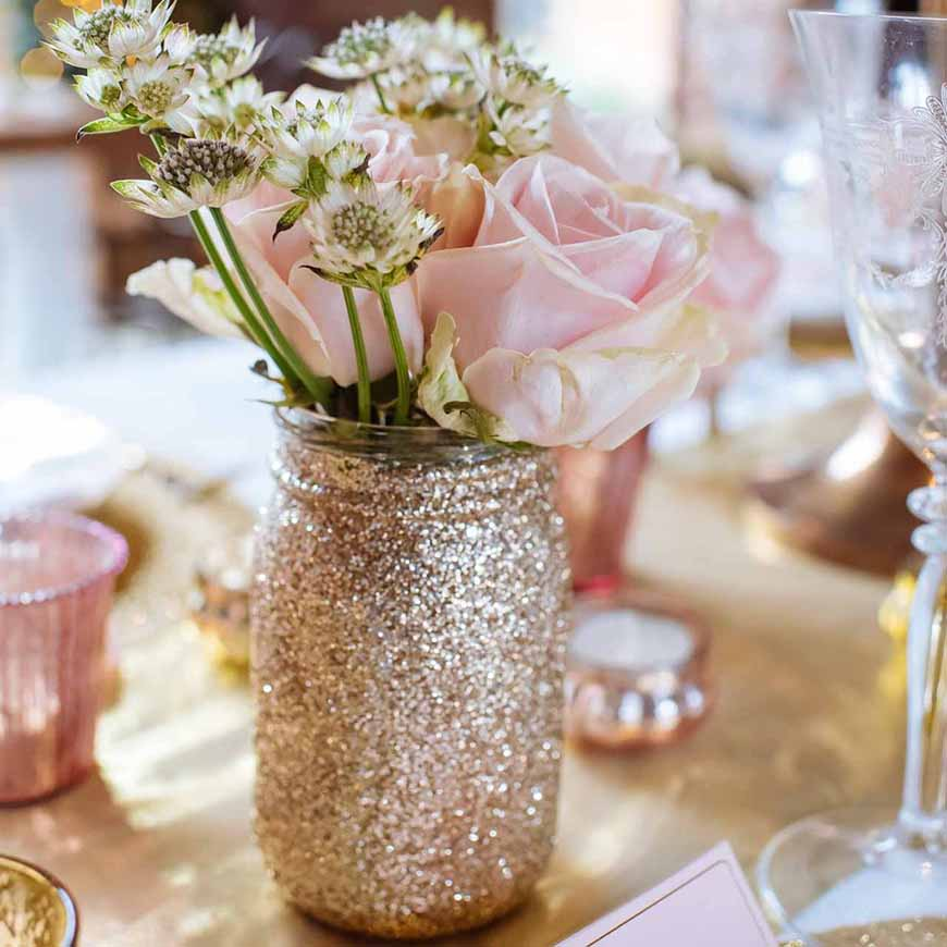 Wedding Ideas by Colour: Gold Wedding Decorations | CHWV