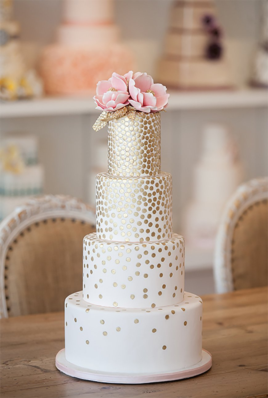 Weddings Ideas by Colour: Gold Wedding Theme - Scrumptious cake